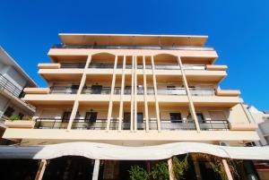 Гостиница 847 m² на Родосе