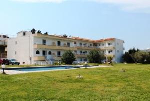 Гостиница 1300 m² на Родосе