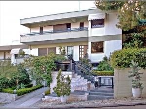 Коттедж 405 m² в Афинах