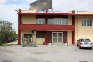 Бизнес 2400 m² в Салониках