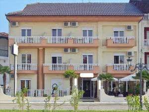 Гостиница 1000 m² на Олимпийской Ривьере