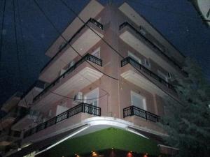 Бизнес 550 m² в Кавале