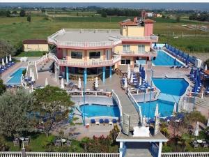 Гостиница 800 m² на Олимпийской Ривьере
