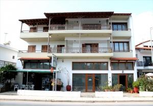 Бизнес 712 m² на Афоне (Халкидики)