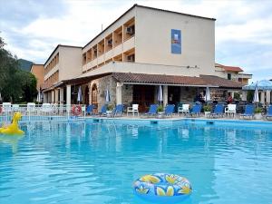 Гостиница 5700 m² на о. Корфу