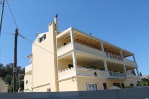 Квартира 105 m² на о. Корфу