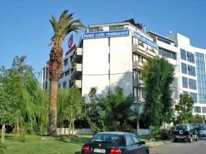 Гостиница 1400 m² в Афинах