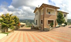 Вилла 360 m² на Крите