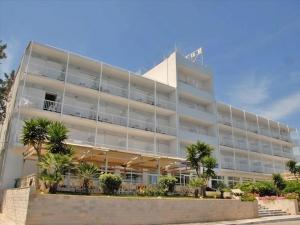 Гостиница 3750 m² на Пелопоннесе