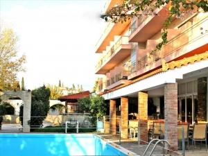 Гостиница 4100 m² Эвия