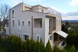 Коттедж 306 m² в пригороде Салоник