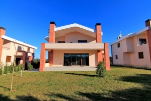 Коттедж 290 m² в пригороде Салоник
