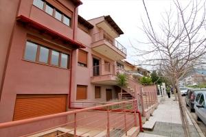 Таунхаус 130 m² в пригороде Салоник