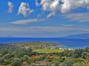 Земельный участок 13500 m² на островах